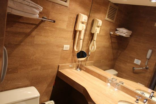 Jose Antonio Executive: Baño muy limpio