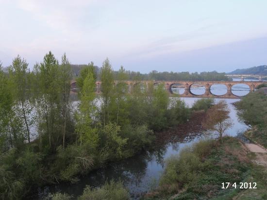 Mercure Nevers Pont de Loire: View from room