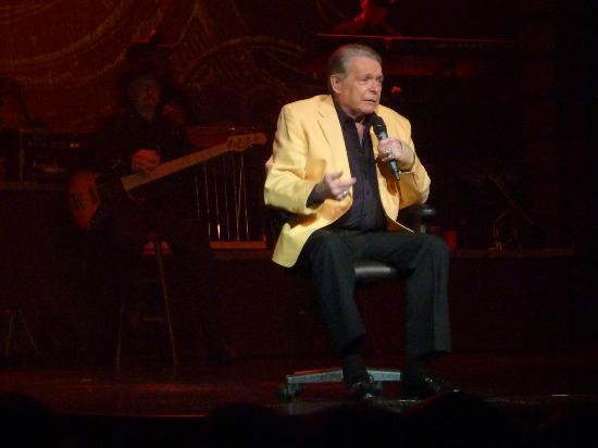 Mickey Gilley Theatre : Mickey sitting in his roll about chair