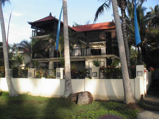 Villa Matanai: 3 storey