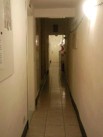 Locanda David: panorama del corridoio
