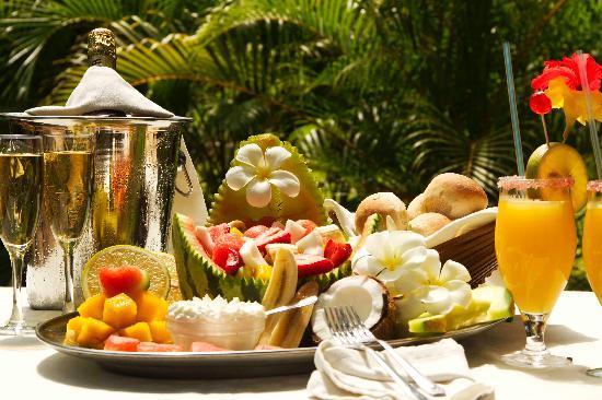 Forest Dream Resort: Champagne Breakfast