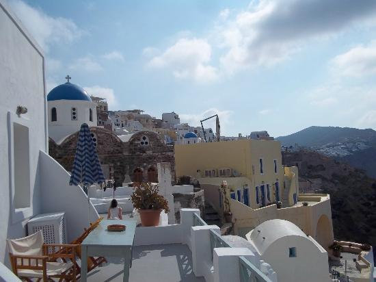 Old Oia Houses: left side view from private balcony