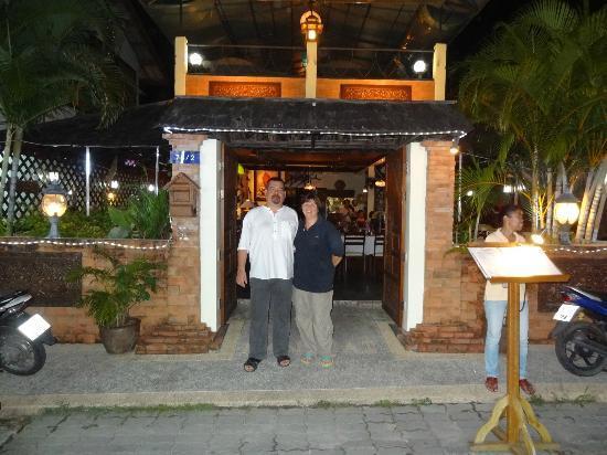 Manubai Restaurant Lounge-bar: NOS HOTES