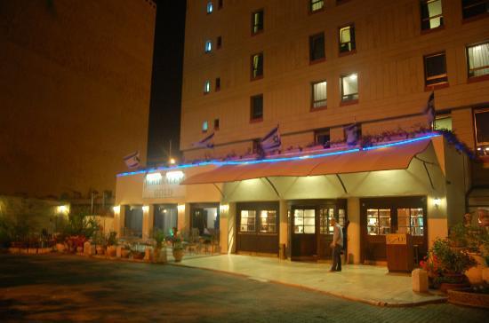 Jerusalem Gold Hotel : Gold - Main entrance