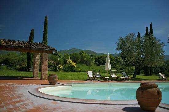Monsignor Della Casa Country Resort: Pool area