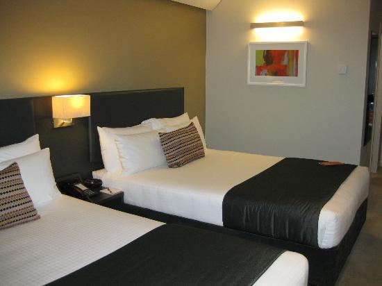 Sudima Auckland Airport Hotel: room