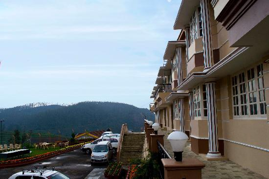 Delightz Inn Resorts: View of the hills from the balcony