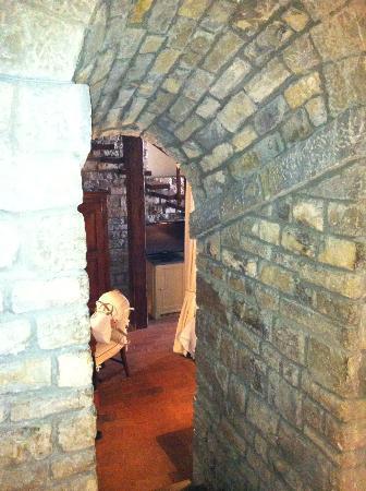 Hotel Lungarno: Dall'ingresso della stanza alla zona notte