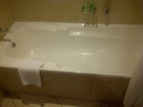 Southern Sun Pretoria: Bath