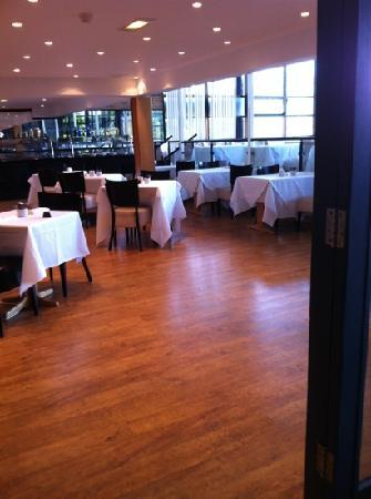 Waterside Hotel & Leisure Club: dining room - cant fault food was lovely service brilliant!