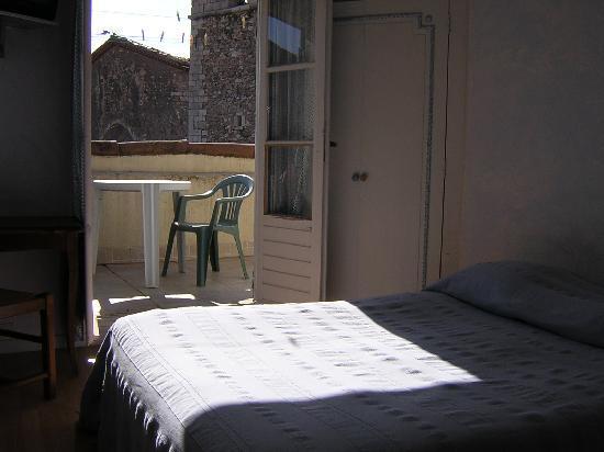Hotel Le Saint-Marc : chambre 2 pers avec terrasse dch/lav