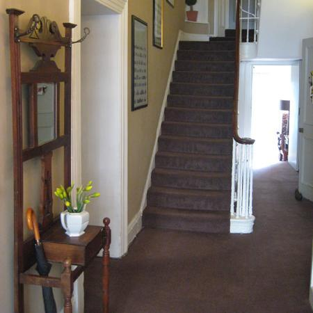 Lime Tree Hotel: Main stairs