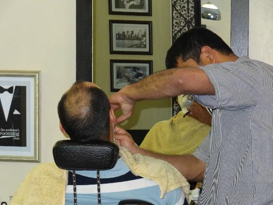 Fine Gentlemen's Grooming Club: hot towel shave