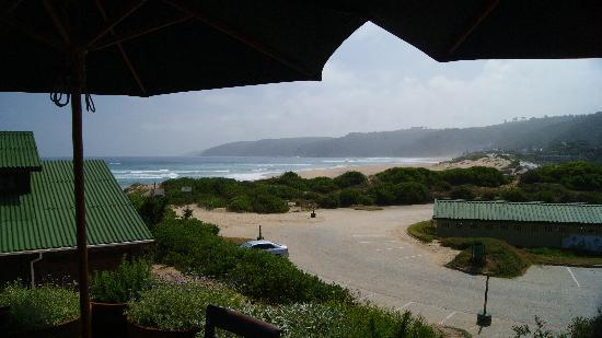 Salinas Beach Restaurant: View down Wilderness Beach from upper deck