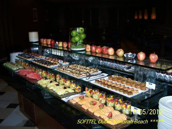 Sofitel Dubai Jumeirah Beach: Dinner