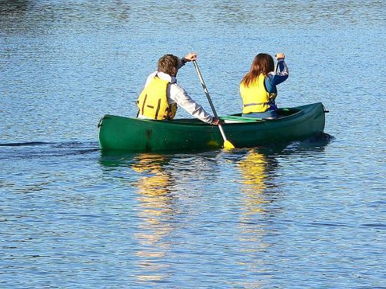 Le Domaine du Lac Saint Charles: sur le Lac Saint Charles juste devant