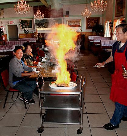Nipa's Thai Cuisine: Volcanic Hot Rock Cooking at your table