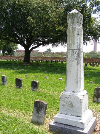 Jean Lafitte National Historical Park and Preserve: National Cemetary