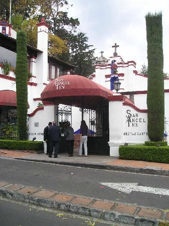Restaurante Antiguo San Angel Inn : San Angel Inn entrance