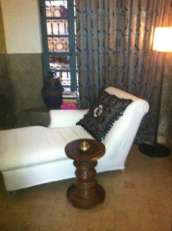 Ryad Dyor: lounge