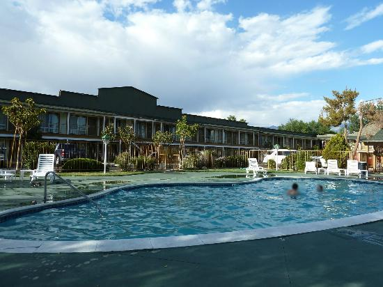 Vagabond Inn Bishop: Piscine