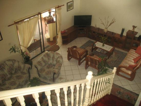 Carana Hilltop Villa: Living room-view from staircase