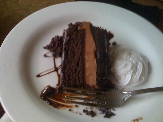 Crowne Plaza Knoxville Downtown University: An amazing chocolate torte!