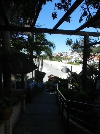 Bombinhas Tourist Apart Hotel : Lindos jardines
