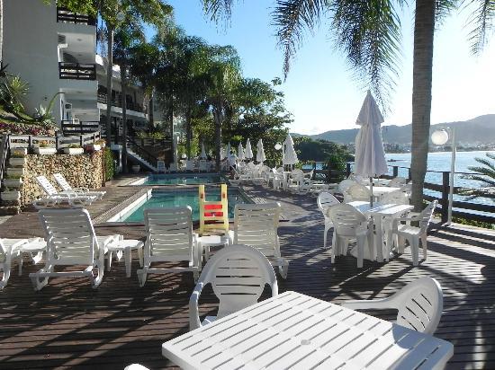 Bombinhas Tourist Apart Hotel : 6 piletas a su disposición