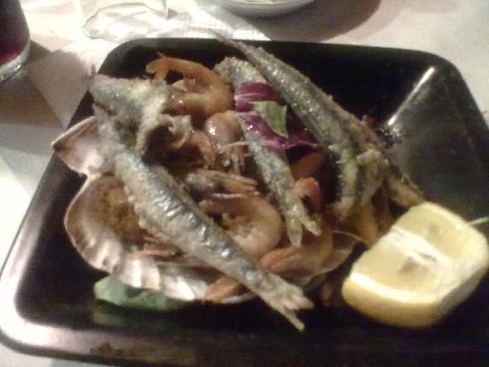 Chicorey: misto di pesce e gamberi