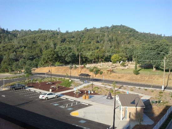 ماينرز إن: views_cementery