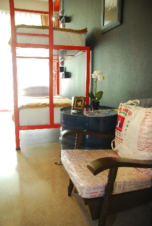 Silom Art Hostel : Four Beds Ensuite