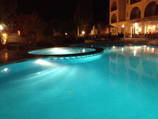 Puerto Cala Vadella: hotel pool