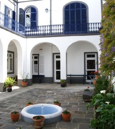Casa Vitoriana: garden