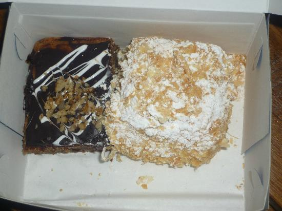 Melenio Cafe: Walnut Cake and yummy Cream Puff
