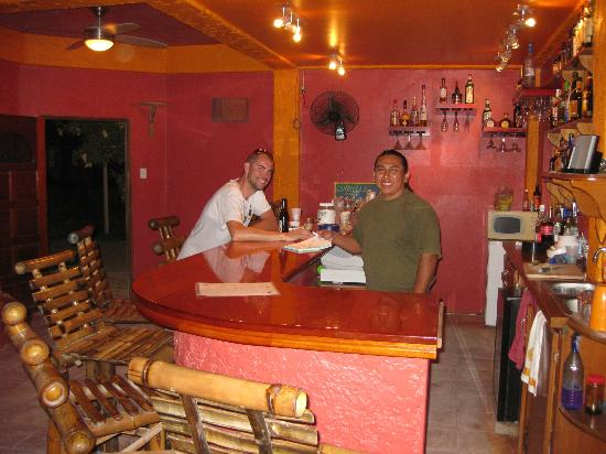 Seaside Cabanas: In the bar with Jubalos. Really cool guy!!