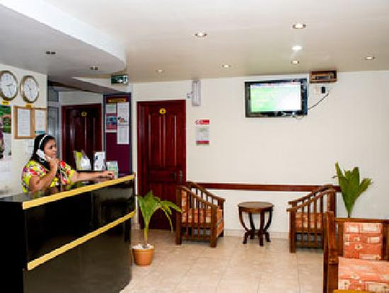 Fuana Inn: Hotel Reception