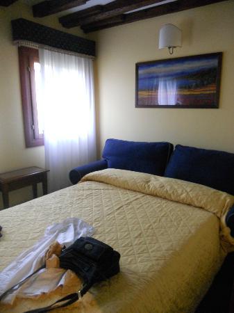 Alloggi Marinella: Una delle nostre due camere