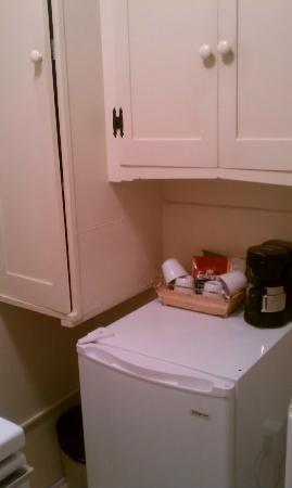 Homestead Inn: Room 45 Full Kitchen - Tea/Coffee