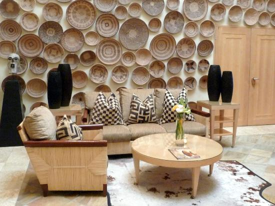 Saxon Hotel, Villas and Spa : A wall of baskets in one of the lounges