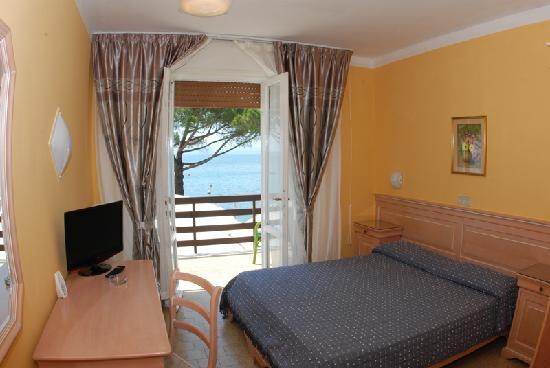 Hotel Esperia: Bedrooms
