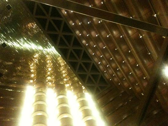 Sandton Sun: Internal atrium is massive and very gold