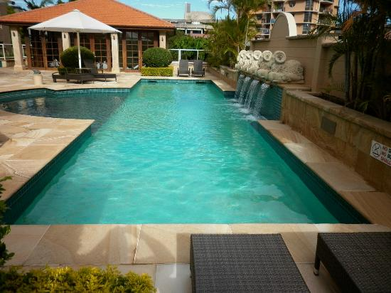 Quay West Suites Brisbane: Pool