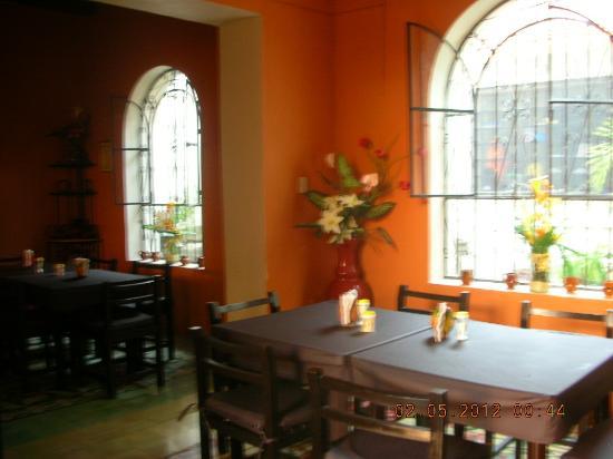 La Calzada Restaurante: Dining room