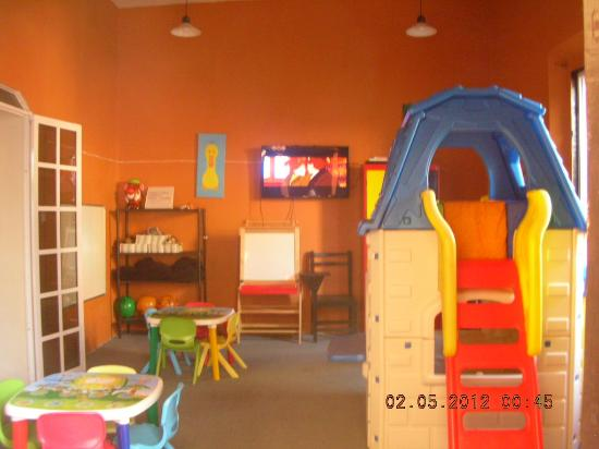 La Calzada Restaurante: Children's playground