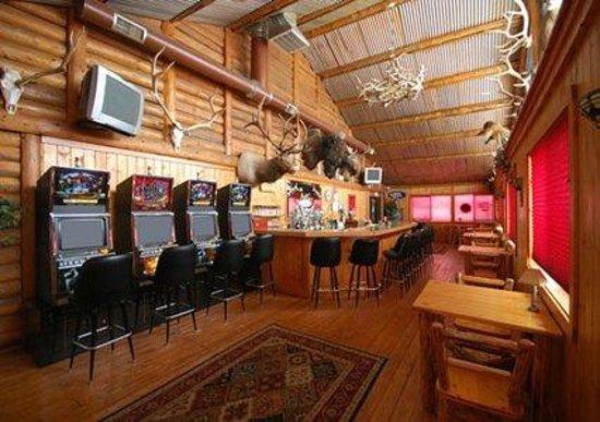 Antler Pub and Grill : Antler Pub