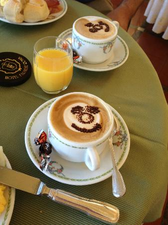 Excellent Capuccino at the Hotel Farnese