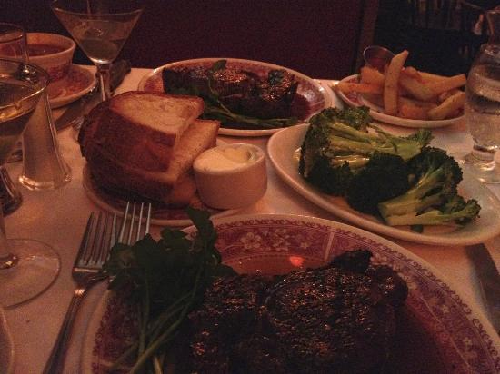 Musso & Frank Grill: WOW factor food! Best in Hollywood