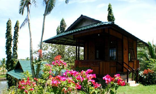 Bentenan Beach Resort